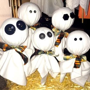 HANDMADE craft Ghosts fall halloween decor NWT